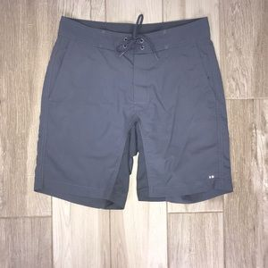 Vineyard Vines Gray Boardwalk Shorts Size 30